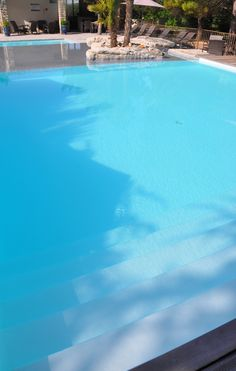 La #piscine de l' #hotel Le Mas du Terme - 4 étoiles #repos #summer #gard