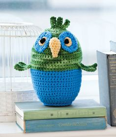 Ollie the Owl Free Crochet Pattern Please scroll down to click on link to download PDF pattern.
