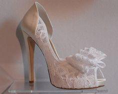 Abiti e accessori sposa Bologna (BO) - scarpe sposa in pizzo