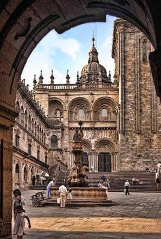 Plaza de Quintana, Santiago de Compostela, Spain: a place of fond memories of a perfect evening Places Around The World, Oh The Places You'll Go, Travel Around The World, Places To Travel, Places To Visit, Around The Worlds, Travel Destinations, Wonderful Places, Great Places