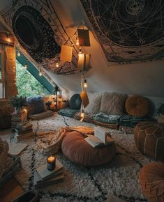Ideal cozy room at the Asphine House - CozyPlaces Chill Room, Cozy Room, Chill Out Room Ideas, Room Ideas Bedroom, Bedroom Decor, Bedroom Furniture, Decor Room, Hangout Room, Boho Living Room