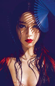 Fan Bing Bing with wet hair, red lips