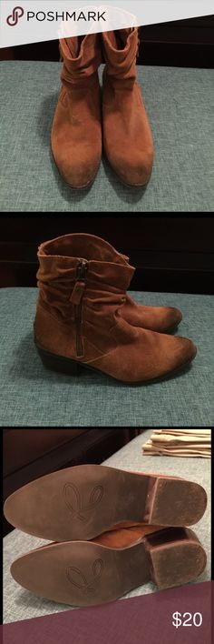 Reba Camel Suede Ankle Boots EUC.  Reba ankle Slouch boots, Camel color, size 9 Reba Shoes Ankle Boots & Booties