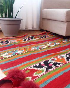 Rug Making, Romania, Rugs On Carpet, Vintage Rugs, Wool Rug, Modern Design, Handmade Items, Kids Rugs, Colors