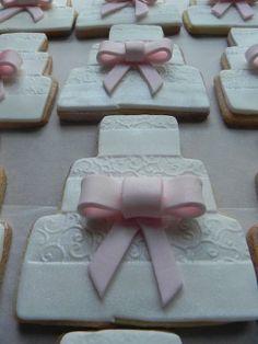 Indian Wedding Inspirations: White Wedding Cookies. Repinned by #indianweddingsmag IndianWeddingsMag.com #donuts