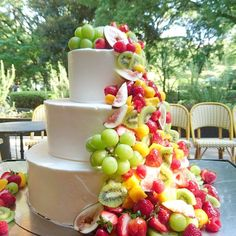 Fresco, Fruit Birthday Cake, Colorful Fruit, Wedding Cakes, Herbs, Sweets, Cooking, Desserts, Bouquet