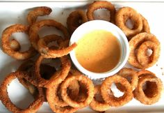United States of Motherhood: Homecrafted Siracha-Tabasco, Smoky Chipotle, & Garlic-Dijon Aioli Dipping Sauces To HomeGate in Style #GameTimeGrub #Ad