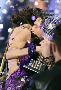 Max Chmerkovskiy & Meryl Davis  -  Season 18 champs  -  Dancing With the Stars  -  week 10 finale  -  spring 2014