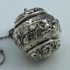 Simmons sterling silver tea ball