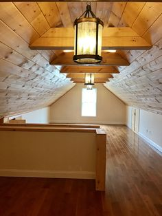 Finished Attic It Is Tongue And Groove Beams Playroom Pine