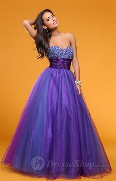 loving the hint of blue, and the sparkles. possible prom dress