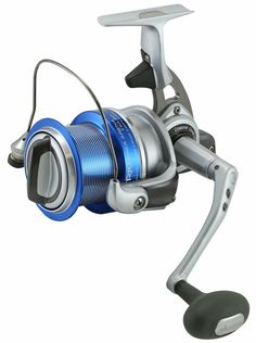 Trio Rex Arena Experienced surf anglers are excellent at positioning themselves for success. Whether it's their approach to Fishing Fishing Spinning Reels, Fishing Rods And Reels, Spinning Rods, Fishing Knots, Fishing Lures, Fly Fishing, Fishing Tips, Okuma Reels, Surf Rods