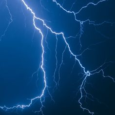 Lightning Images, Ride The Lightning, Lightning Storms, Electric Blue, Cool Art, Vsco, Android, Wallpapers, Nature