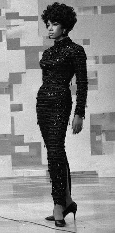 Stunning Mary Wilson