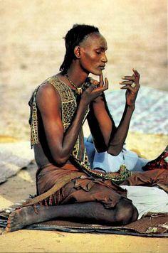Massai. Elegancia natural todo él.