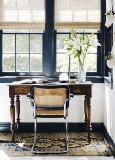 Vintage modern home office space. Home Office Vintage, Home Office Space, Home Office Design, Home Office Decor, Vintage Home Decor, Office Designs, Vintage Modern, Office Setup, Vintage Industrial