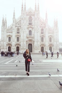 Monday Update #45 | Early morning stroll at Il Duomo I Milan: http://www.ohhcouture.com/2017/03/monday-update-45/ #ohhcouture #leoniehanne