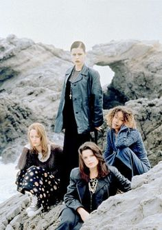 Robin Tunney, Fairuza Balk, Rachel True, and Neve Campbell on the set of The Craft (1996)