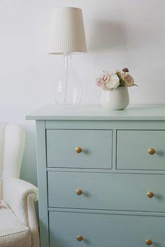 17 trendy ikea furniture makeover hemnes master bedrooms - Ikea DIY - The best IKEA hacks all in one place Ikea Bedroom, Furniture For Small Spaces, Bedroom Vintage, Furniture Makeover, Furniture Hacks, Ikea Furniture Makeover, Diy Furniture, Painted Bedroom Furniture, Painted Furniture