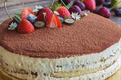 Bake and Decorate a Cake From Scratch Homemade Febreze, Hungarian Cake, Mini Cheesecake, Sweets Cake, Other Recipes, Tart, Food And Drink, Cupcakes, Yummy Food