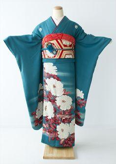 Ethnic Clothes, Ethnic Outfits, Kimono Japan, Art Pieces, Kimono Top, Ootd, Textiles, Lady, Women