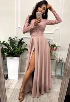 Elegantne dlhé šaty so sexi rozparkom a čipkou. #elegantdresses #promdresses #dressoutfits Dress Outfits, Prom Dresses, Formal, Style, Fashion, Preppy, Moda, Stylus, Fasion
