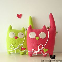 cats in love -  skip the bows around the neck and just make a cute stuffed pillow.  Cute!