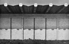 STABILIMENTO MORASSUTTI Padova – 1959 Architettura: Angelo Mangiarotti e Bruno Morassutti Strutture: Aldo Favini Roof Edge, Building Facade, Image Collection, Architecture Design, Italy Architecture, Aldo, Concrete, Shed, Design Inspiration