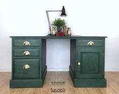 Vintage Double Pedestal Desk in Dark Green