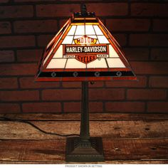 Harley-Davidson Bar and Shield Tiffany Style Lamp | Game Room Decor | RetroPlanet.com $149.99