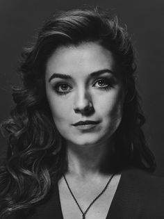 Sarah Bolger photos, including production stills, premiere photos and other…