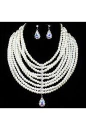 Gorgeous Wedding Jewelry Set - Pearls Necklace and Rhinestones Earrings