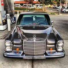 Slammed old school Mercs are the best.