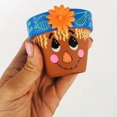 Flower Pot Art, Clay Flower Pots, Flower Pot Crafts, Clay Pot Crafts, Rock Crafts, Crafts To Make, Diy Crafts, Thanksgiving Crafts, Fall Crafts