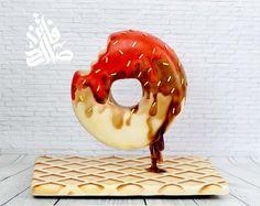 Gravity defying donut cake by Faten_salah