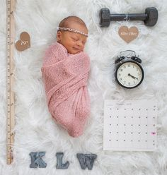Creative newborn announcement! Height, weight, time, date and baby's initials. Tiffany Burke Photography