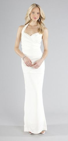 Do you love #accessories? If so, then this simple Marilyn gown by Nicole Miller is the #weddingdress for you!