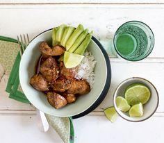 Die würzige japanische Teriyaki-Marinade verleiht dem Poulet einen feinen Geschmack.