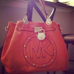2016 MK Handbags Michael Kors Handbags, not only fashion but get it for Boutique Michael Kors, Sac Michael Kors, Michael Kors Designer, Cheap Michael Kors, Michael Kors Outlet, Handbags Michael Kors, Mk Handbags, Purses And Handbags, Couture Handbags