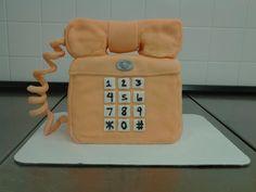 It's a phone purse cake, I rule!