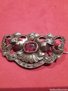 Broche años 50 en plata de ley con símil rubi y marquesitas