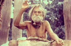250 साल तक जिंदा थे बाबा देवरहा, जीवन भर नहीं खाया अन्न | Udaipur Kiran : Latest News Headlines, Current Live Breaking News from India & World