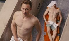 Tom Hiddleston showcases his washboard abs and muscular physique as he strips naked in the slick new trailer for High-Rise | Daily Mail Online