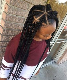 Natural hairstyles, braids, triangle parts