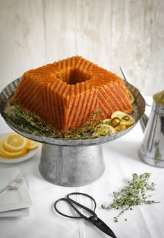 Olive Oil Jalapeno Cornmeal Cake with Candied Citrus (Sprinkle Bakes) Kid Friendly Dinner, Kid Friendly Meals, Cake Recipes, Dessert Recipes, Cupcake Cakes, Cupcakes, Piece Of Cakes, Let Them Eat Cake, Gelato
