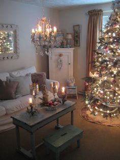 Get your Los Angeles apartment ready for Christmas
