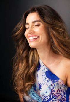 Diamond Forrest issued in Ce se intampla doctore this month. Happiness and smiles with lovely Lili Sandu. Foto: Alex Galmeanu Make-up: Carmen Dinca, Avon Hair: Camelia Negrea, C.N. by Camelia Negrea Sedinta foto pentru CSID