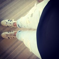 Look parfait pour cet ete pour aller travailler. #zara#adidas