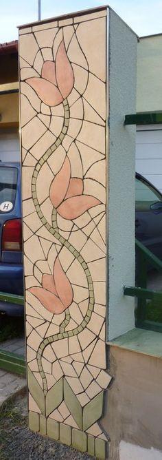 kész az első oszlop mozaik burkolata
