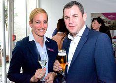 Oberbürgermeister Sven Gerich zusammen mit Sales Managerin Julia Killius bei der #After-Work-Party im Crowne Plaza Hotel #Wiesbaden